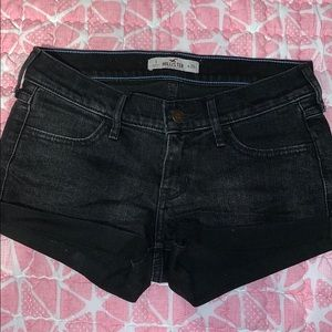 Hollister Black Low-Waisted Shorts